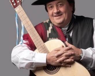 Contratar a El Chacarero Cantor
